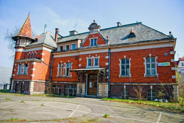 Obiekt zabytkowy do wynajęcia, Ostrów Wielkopolski Kolejowa, 1100 m² | Morizon.pl | 1919