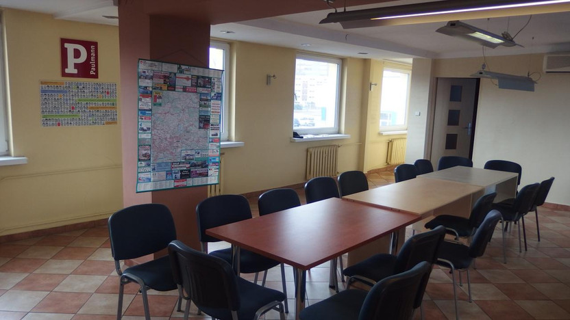 Biurowiec do wynajęcia, Sosnowiec, 115 m² | Morizon.pl | 0678