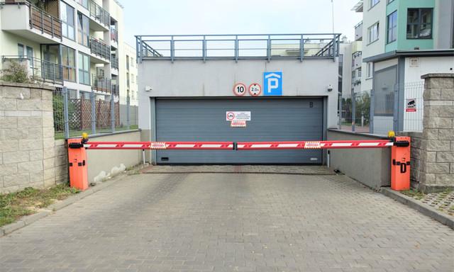 Garaż na sprzedaż <span>Warszawa, Bemowo, Coopera 12</span>