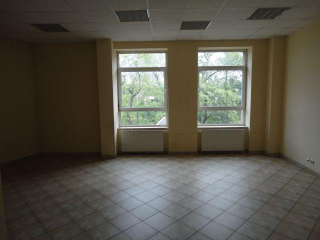Morizon WP ogłoszenia | Biurowiec w inwestycji Traugutta, Wrocław, 150 m² | 4178