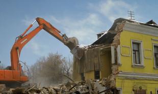 Rozbiórka budynku: jakie koszty?