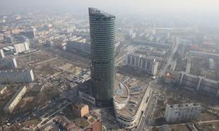 Powstanie kolejny wieżowiec we Wrocławiu? Skanska inwestuje przy Sky Tower
