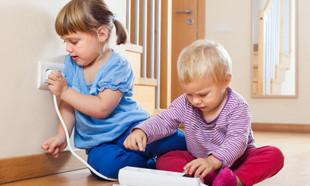 Zabezpieczenia dla dzieci. Jak stworzyć przyjazną przestrzeń?