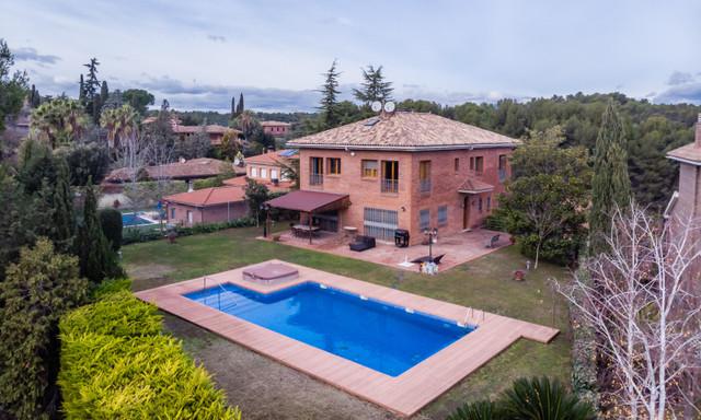 Dom na sprzedaż <span>Hiszpania, Cerdanyola, 6 Carrer de Sant Pau</span>
